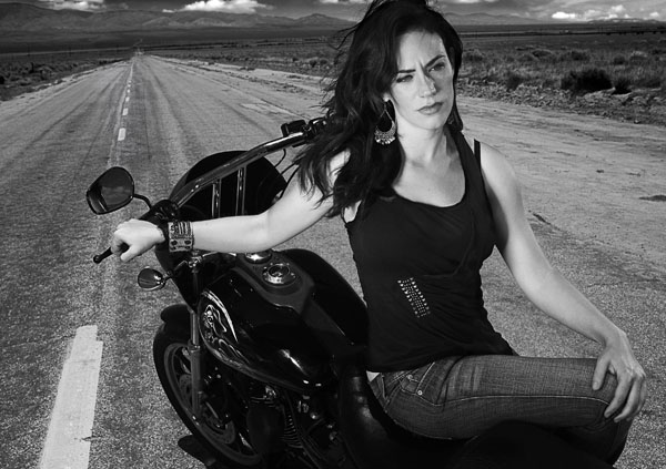 Maggie Siff sexiest pictures from her hottest photo shoots. (22)
