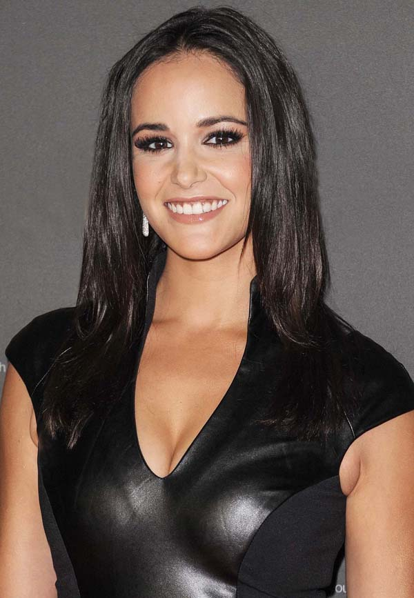 Melissa Fumero sexiest pictures from her hottest photo shoots. (22)