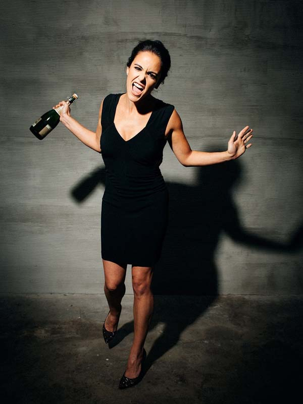 Melissa Fumero sexiest pictures from her hottest photo shoots. (9)