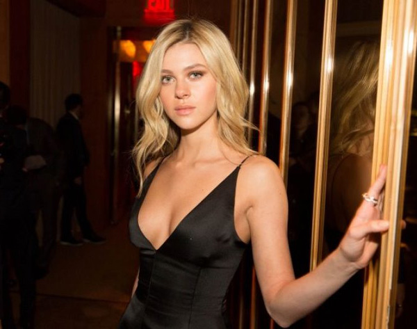 Nicola Peltz sexiest pictures from her hottest photo shoots. (18)
