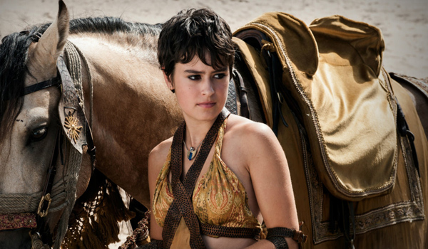 Rosabell Laurenti Sellers' sexiest pictures from her hottest photo shoots. (8)