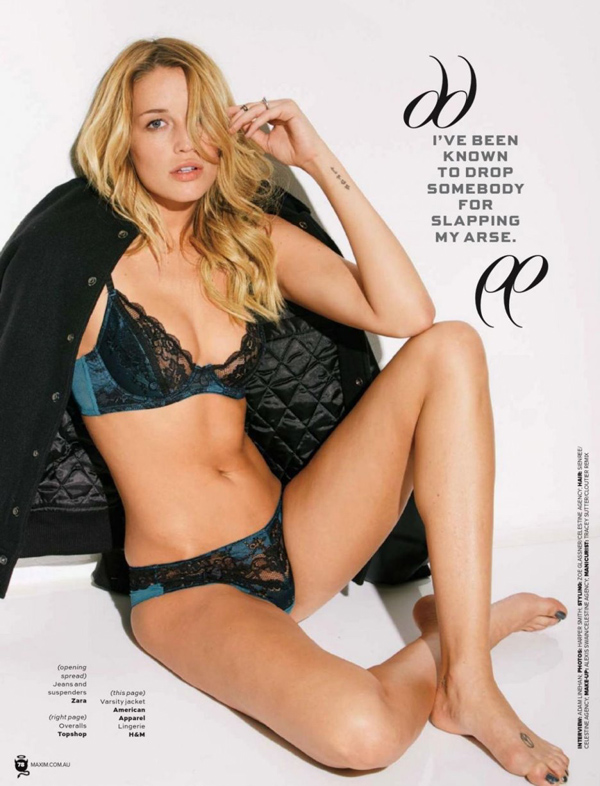 Sarah Dumont sexiest pictures from her hottest photo shoots. (6)