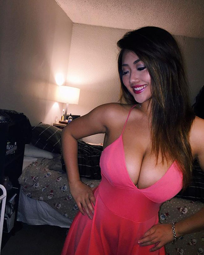 Humorous images, funniest photos, sexiest pictures, and greatest videos are on SauceMonsters.com! (7)