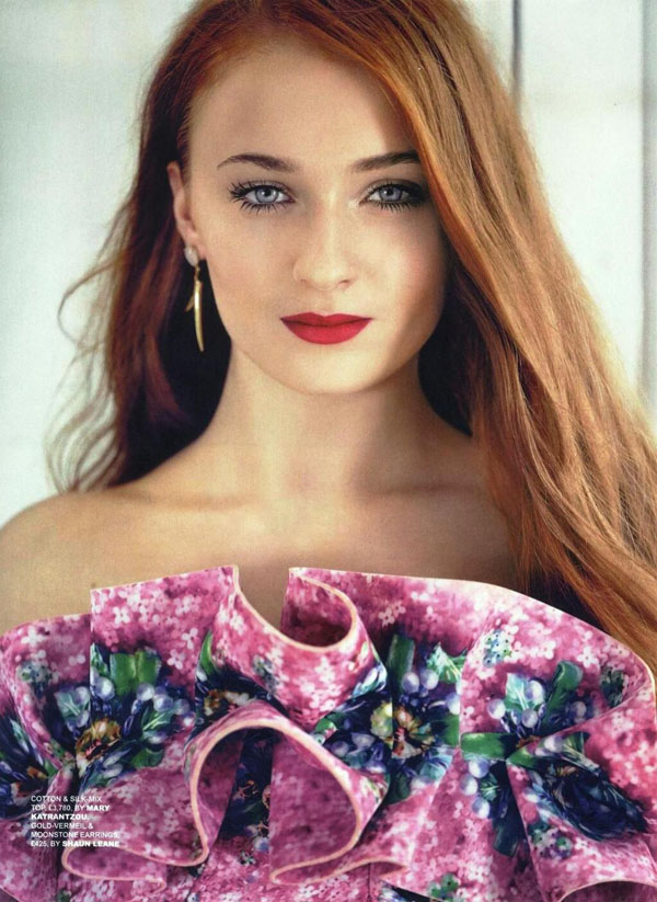 Sophie Turner's sexiest pictures from her hottest photo shoots. (18)