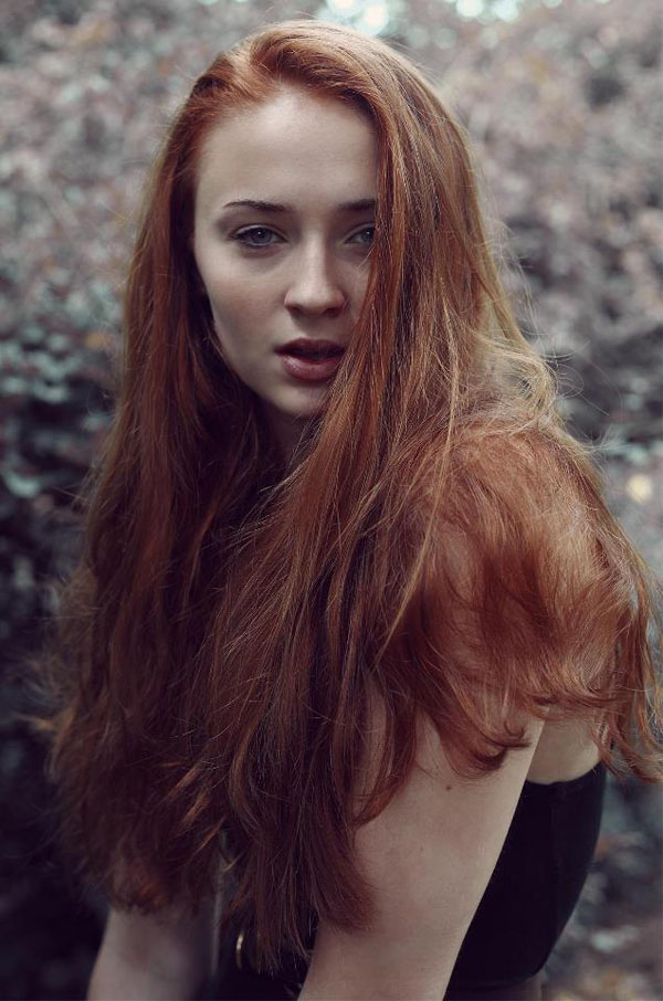 Sophie Turner's sexiest pictures from her hottest photo shoots. (3)