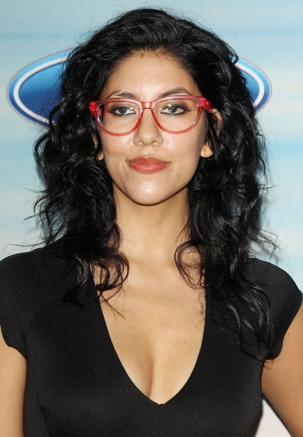 Stephanie Beatriz sexiest pictures from her hottest photo shoots. (10)