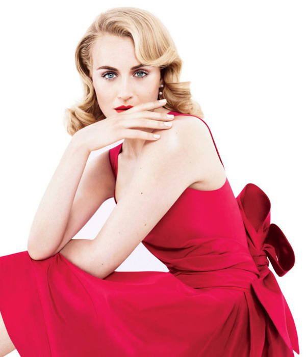 Taylor Schilling sexiest pictures from her hottest photo shoots. (5)