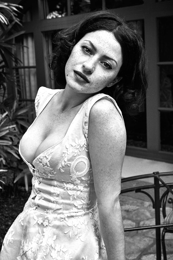 Alia Shawkat sexiest pictures from her hottest photo shoots. (31)