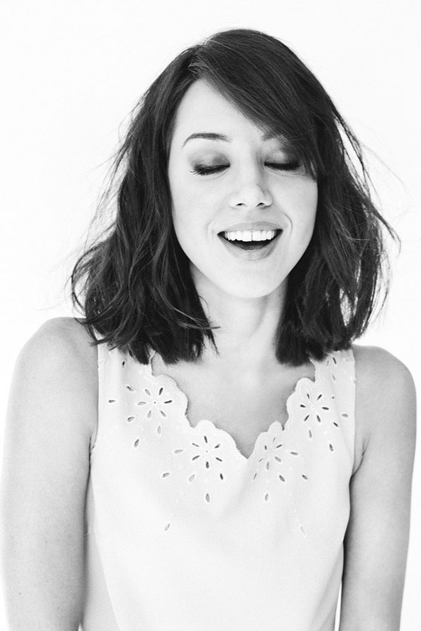 Aubrey Plaza sexiest pictures from her hottest photo shoots. (22)