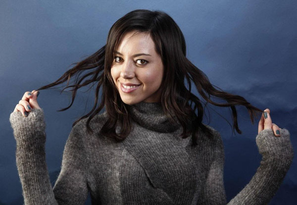 Aubrey Plaza sexiest pictures from her hottest photo shoots. (16)