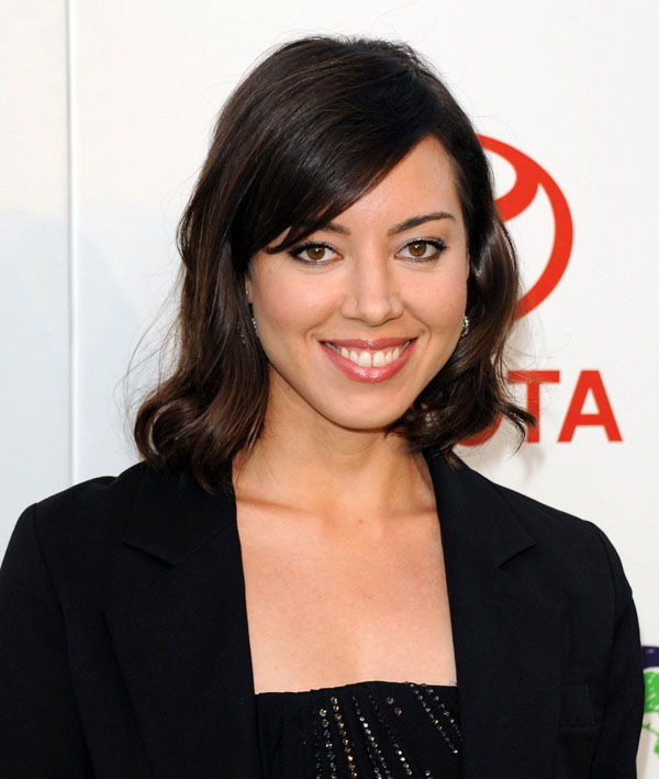 Aubrey Plaza sexiest pictures from her hottest photo shoots. (13)