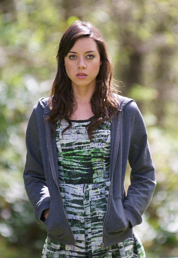 Aubrey Plaza sexiest pictures from her hottest photo shoots. (10)