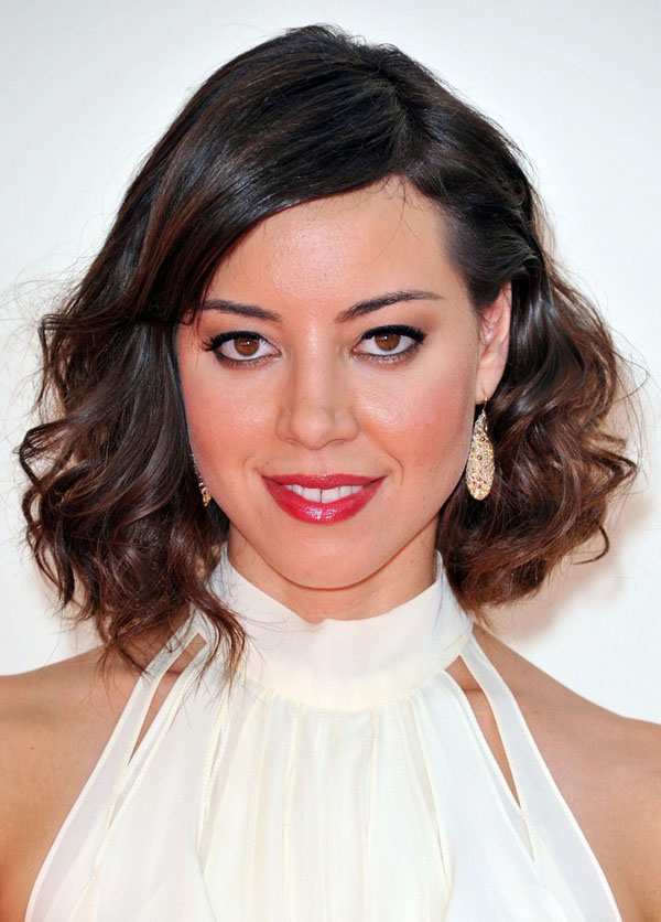 Aubrey Plaza sexiest pictures from her hottest photo shoots. (6)
