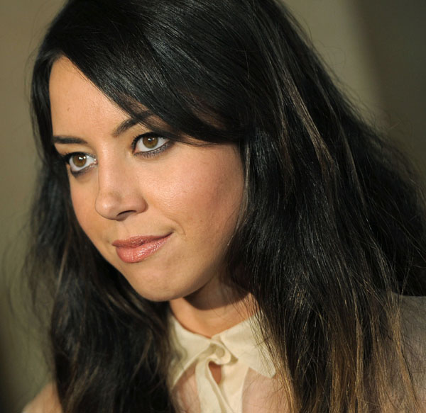 Aubrey Plaza sexiest pictures from her hottest photo shoots. (4)