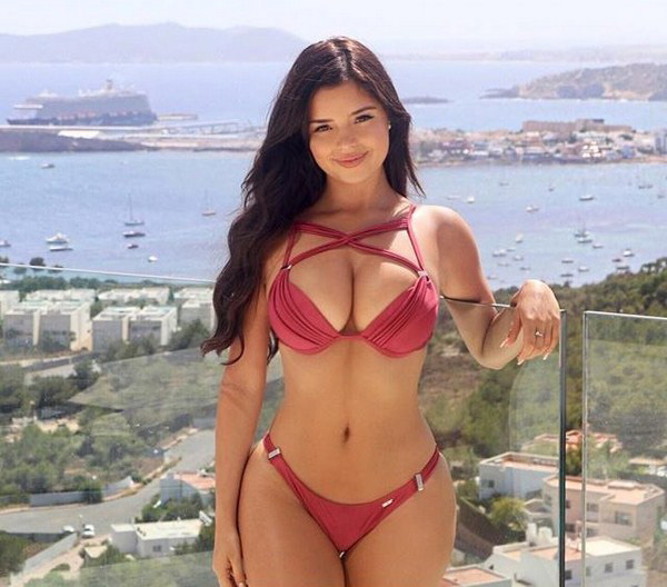 Demi Rose Mawby sexiest pictures from her hottest photo shoots. (42)