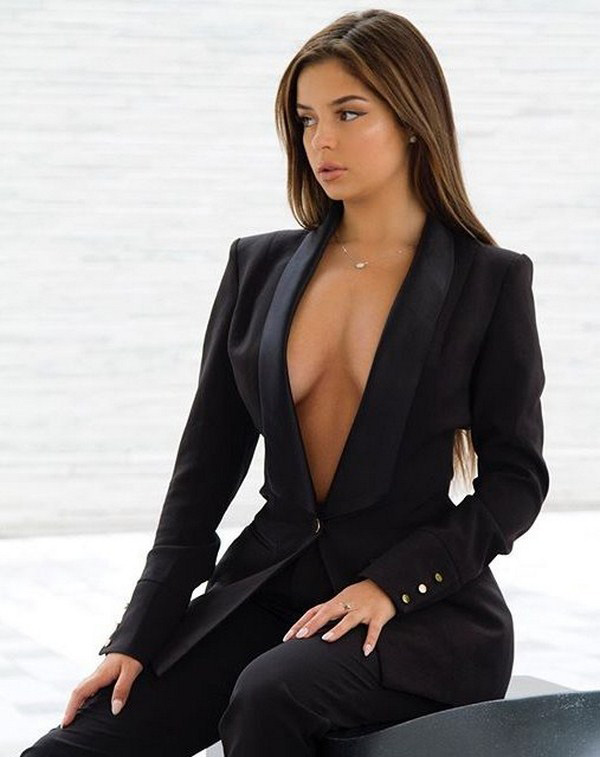 Demi Rose Mawby sexiest pictures from her hottest photo shoots. (8)