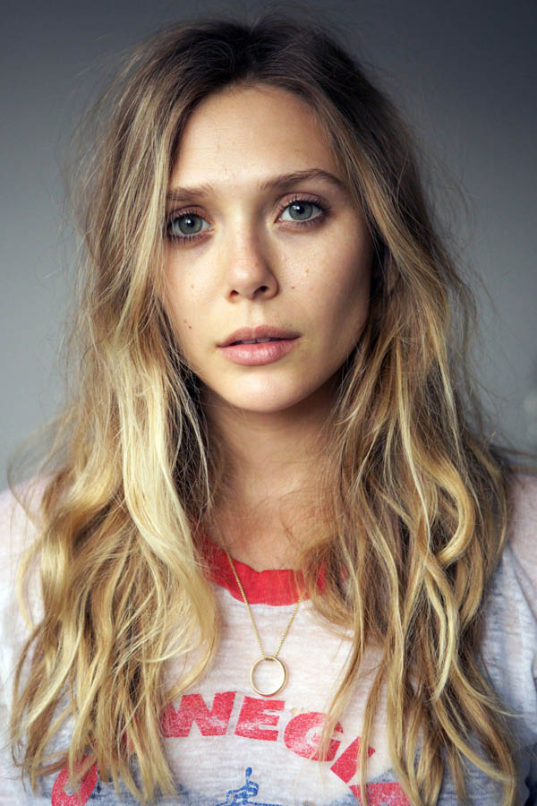 Elizabeth Olsen sexiest pictures from her hottest photo shoots. (5)