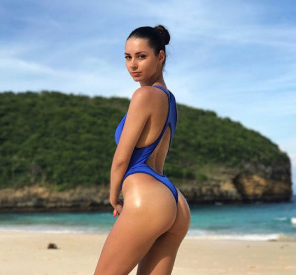 Helga Lovekaty sexiest pictures from her hottest photo shoots. (45)