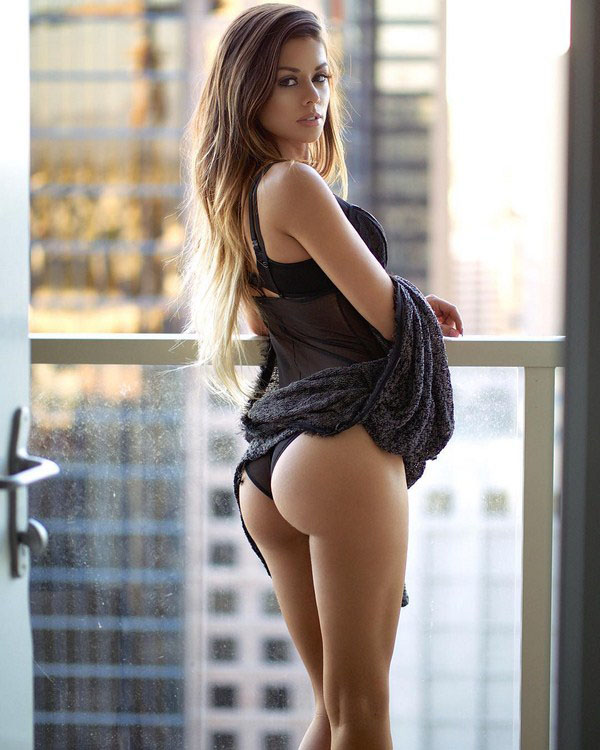Juli Annee sexiest pictures from her hottest photo shoots. (20)