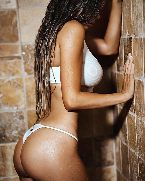 Juli Annee sexiest pictures from her hottest photo shoots. (9)