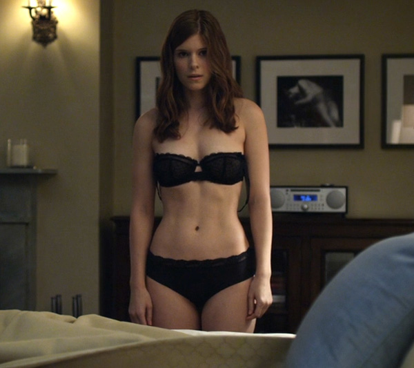 Kate Mara sexiest pictures from her hottest photo shoots. (29)