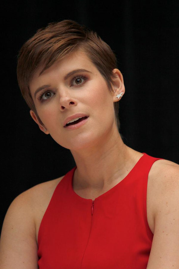 Kate Mara sexiest pictures from her hottest photo shoots. (18)