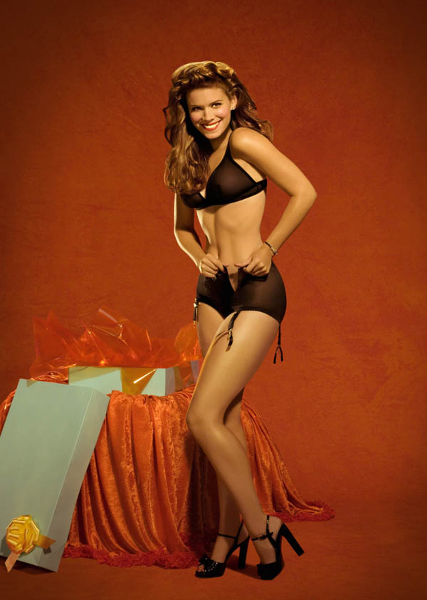 Kate Mara sexiest pictures from her hottest photo shoots. (15)