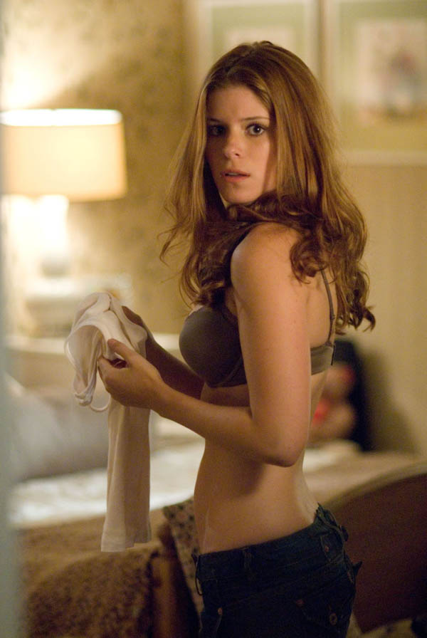 Kate Mara sexiest pictures from her hottest photo shoots. (5)