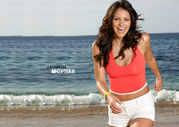 Katharine McPhee sexiest pictures from her hottest photo shoots. (16)