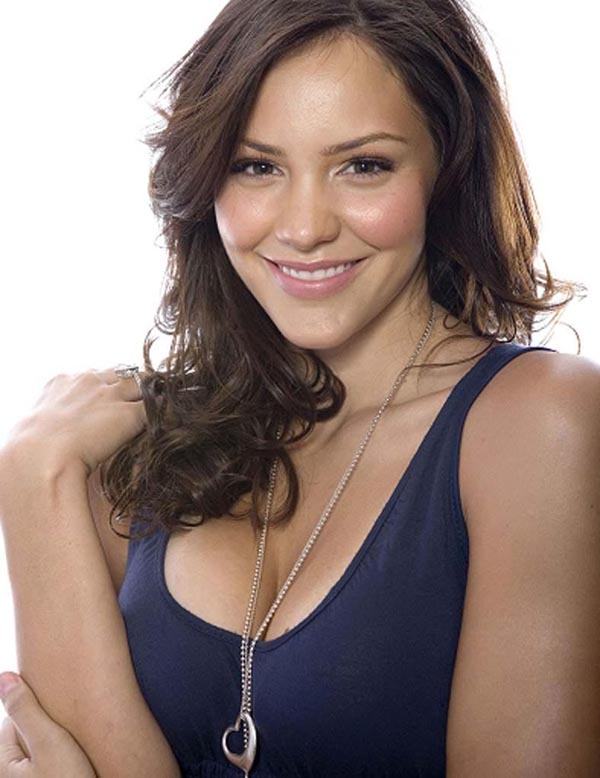 Katharine McPhee sexiest pictures from her hottest photo shoots. (9)