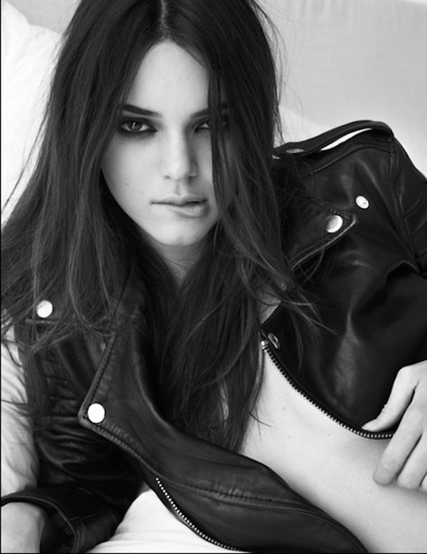Kendall Jenner sexiest pictures from her hottest photo shoots. (1)