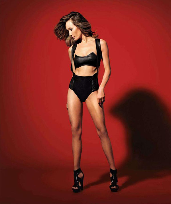 Maggie Q sexiest pictures from her hottest photo shoots. (27)