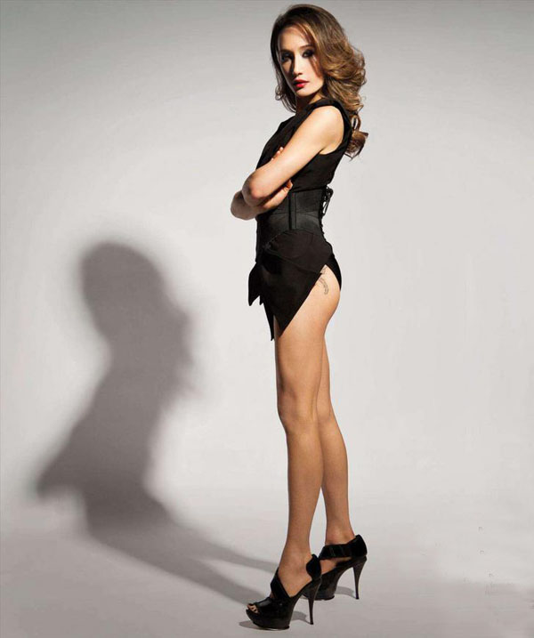 Maggie Q sexiest pictures from her hottest photo shoots. (10)