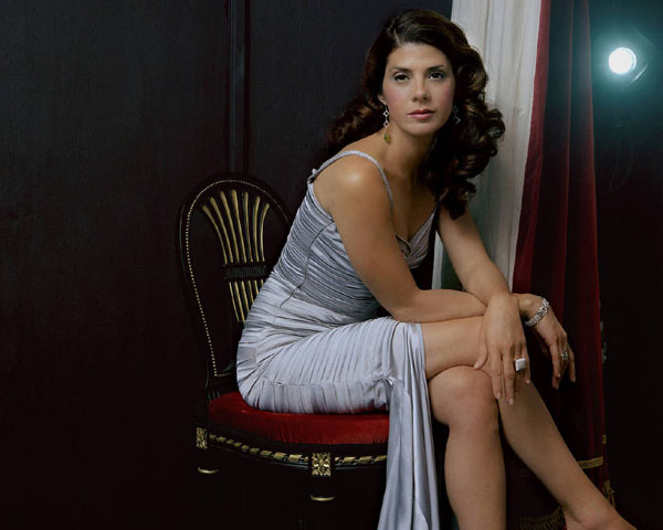 Marisa Tomei sexiest pictures from her hottest photo shoots. (10)