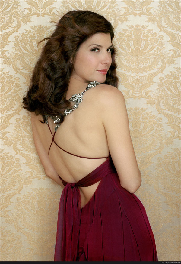 Marisa Tomei Hottest Photos | 22 Sexy Near-Nude Pictures, GIFs