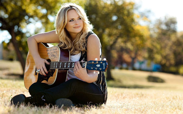 Miranda Lambert sexiest pictures from her hottest photo shoots. (21)