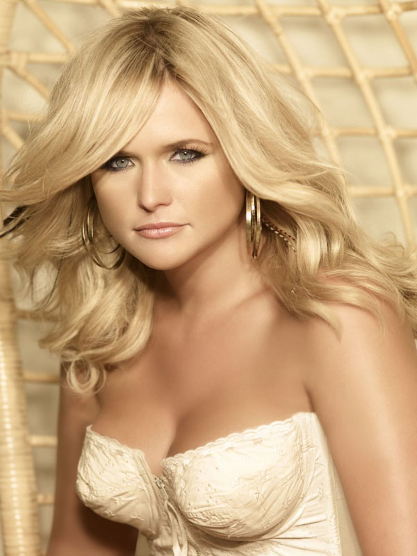 Miranda Lambert sexiest pictures from her hottest photo shoots. (15)