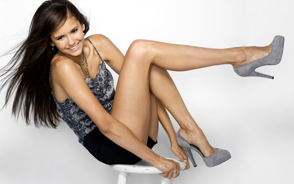 Nina Dobrev sexiest pictures from her hottest photo shoots. (12)