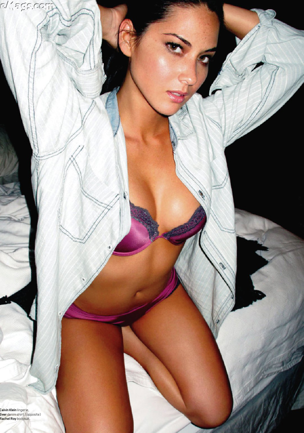 Olivia Munn sexiest pictures from her hottest photo shoots. (3)