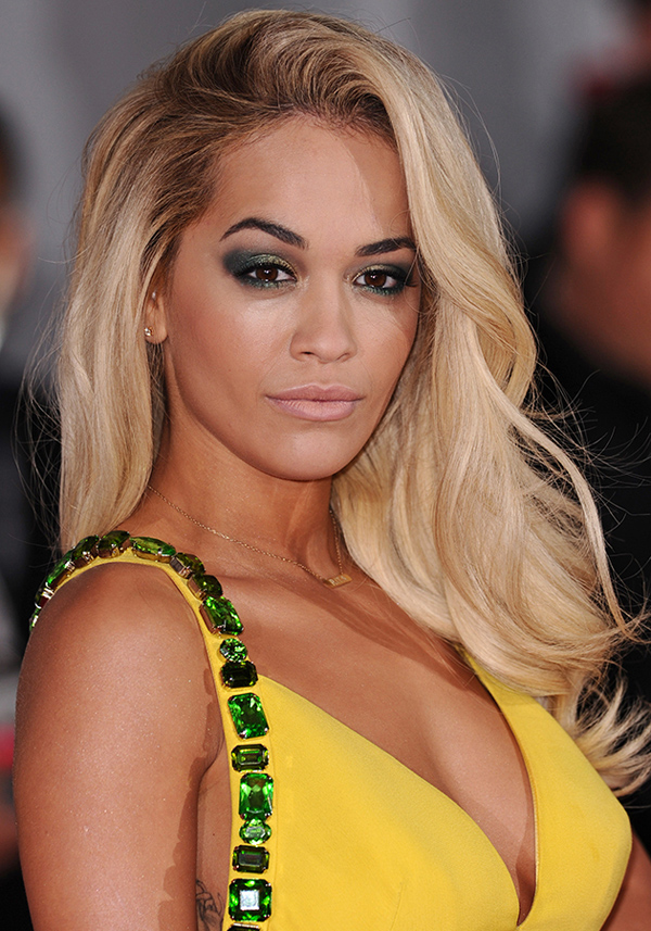 Rita Ora sexiest pictures from her hottest photo shoots. (6)