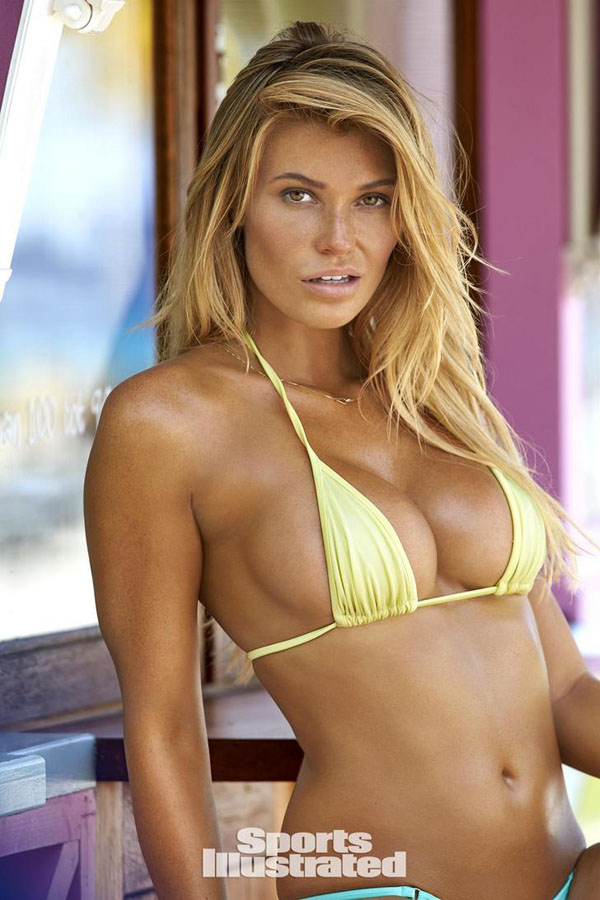 Samantha Hoopes sexiest pictures from her hottest photo shoots. (43)