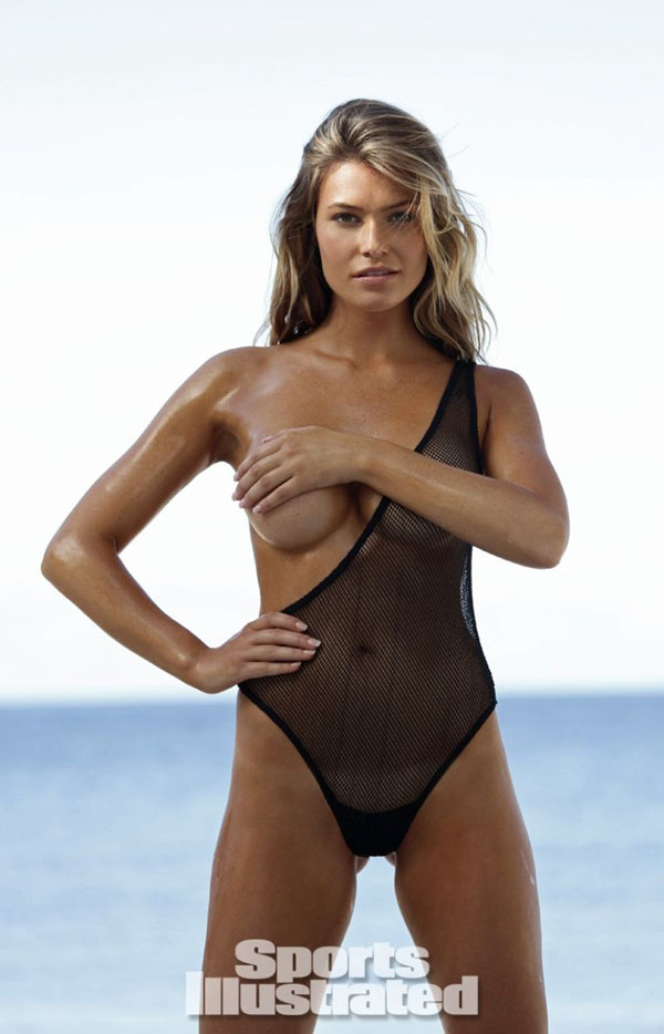 Samantha Hoopes sexiest pictures from her hottest photo shoots. (9)