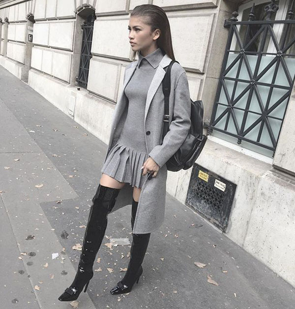 Zendaya sexiest pictures from her hottest photo shoots. (7)