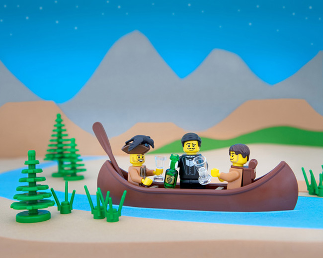 State stereotypes in LEGO form. (25)