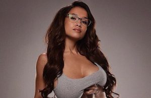 Elizabeth Anne sexiest pictures from her hottest photo shoots. (28)