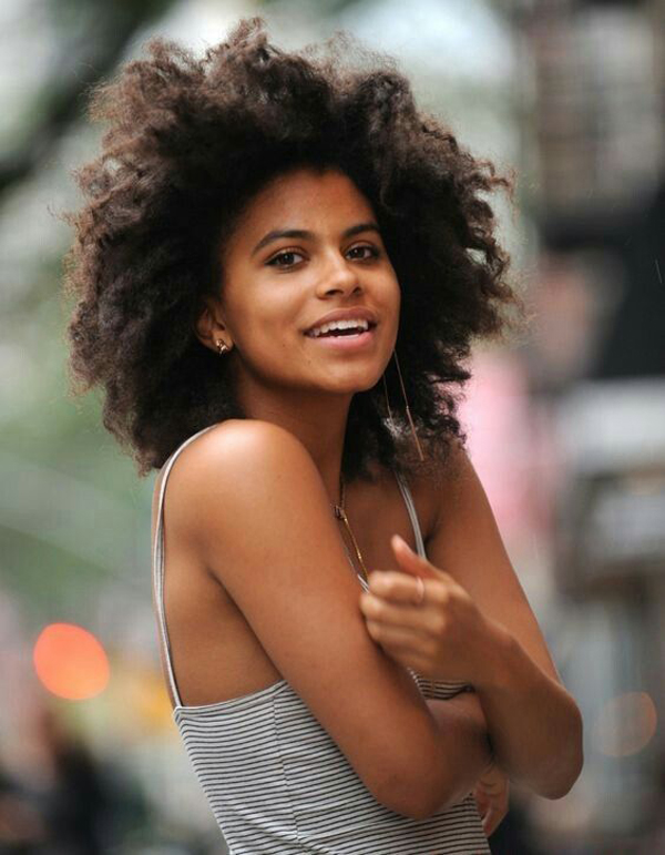 Zazie Beetz sexiest pictures from her hottest photo shoots. (13)