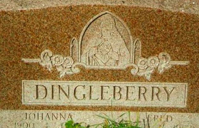 Funny names on tombstones pictures. (39)