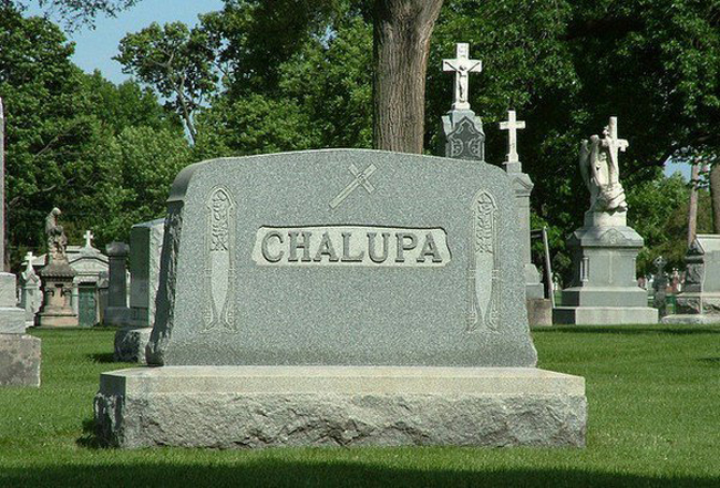 Funny names on tombstones pictures. (36)