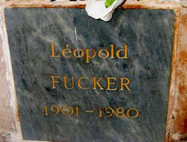 Funny names on tombstones pictures. (31)