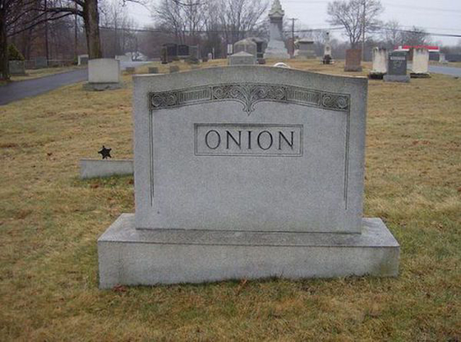 Funny names on tombstones pictures. (18)